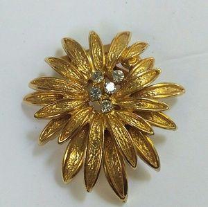 Vintage Brushed Gold Flower Rhinestone Scarf Clip